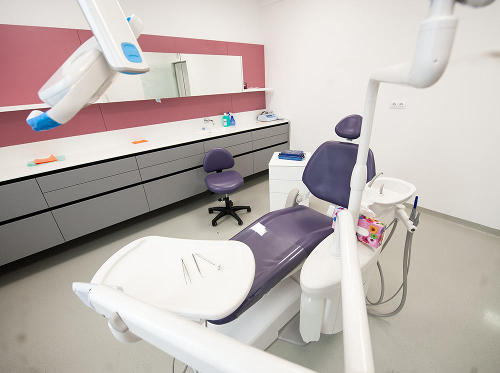 specialisti medicina dentara clinica maxilomed
