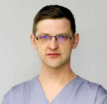 Dr. Radu Onicaș Specialist in parodontology